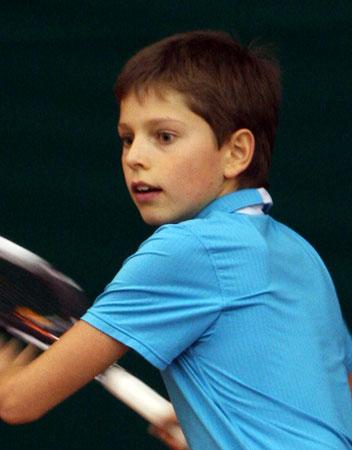 Денис Паршутин из Днепропетровска – первый победитель «Шоколадной ракетки-2012»