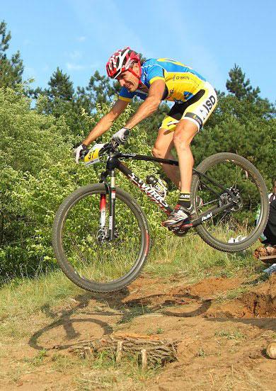 Три победы велогонщиков ISD на чемпионате Украины в многодневной гонке в Черновцах