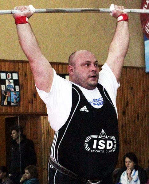 Артем Удачин вступит в борьбу на чемпионате мира во Вроцлаве