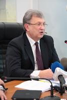 На чьих глазах тает дефицит. Дефолта не будет, но деньги у Донецкой области заберут