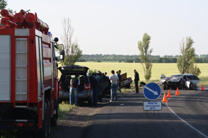 Роковая ночь. При столкновении двух автомобилей шесть человек погибли и пять  травмированы